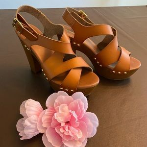 Mossimo Supply Co. Brown Faux Leather Heels